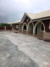 3 bedroom Blocks of Flats House for rent Ologuneru Area Eleyele Ibadan Oyo