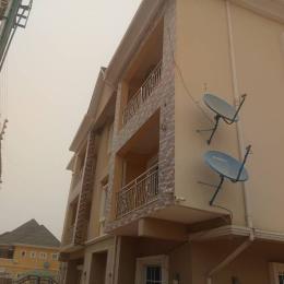 2 bedroom Blocks of Flats House for rent Fo1 layout Kubwa Abuja