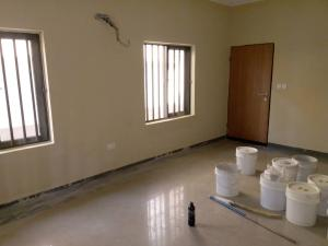 2 bedroom Flat / Apartment for rent Famous bustop pedro Obanikoro Shomolu Lagos