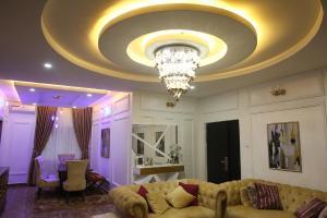 3 bedroom Flat / Apartment for sale Wuye Abuja