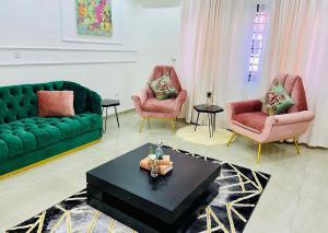 4 bedroom Terraced Duplex for shortlet Elegushi Ikate Lekki Lagos