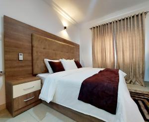 3 bedroom Flat / Apartment for shortlet Primewater View Gardens Estate Ikate Lekki Lagos