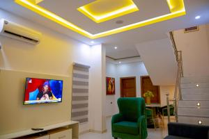4 bedroom Terraced Duplex for shortlet Agungi Lekki Lagos