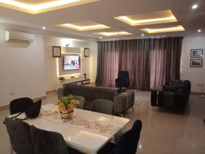 3 bedroom Self Contain Flat / Apartment for shortlet ...,. Banana Island Ikoyi Lagos