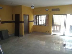 2 bedroom Blocks of Flats House for rent Ogba off college road adekoya estate. Aguda(Ogba) Ogba Lagos