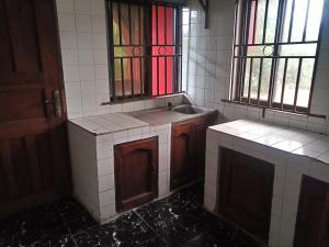 3 bedroom Blocks of Flats House for rent Waterworld Oluyole Estate Ibadan Oyo