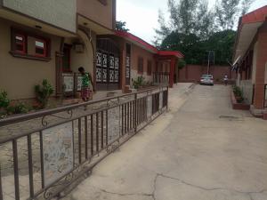 3 bedroom Blocks of Flats House for rent Pine avenue Alalubosa Ibadan Oyo