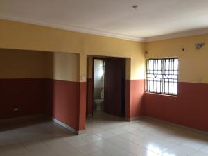 3 bedroom Blocks of Flats House for rent Shomolu Shomolu Lagos