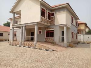 4 bedroom Detached Duplex for sale 6th Avenue Gwarinpa Abuja