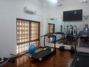 4 bedroom Flat / Apartment for sale Femi Okunni Bourdillon Ikoyi Lagos