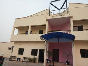 9 bedroom Detached Duplex House for rent Off Ademola Adetokumbo crescent Wuse 2 Abuja