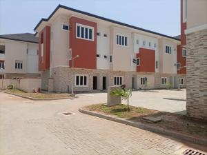 3 bedroom Flat / Apartment for rent In a very secured estate  Ikate Lekki Lagos