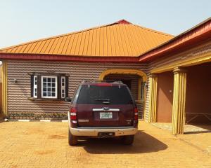 4 bedroom Detached Bungalow House for sale Ikorodu  Sagamu Sagamu Ogun