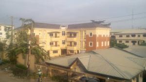 3 bedroom Blocks of Flats House for sale Obanikoro Shomolu Lagos