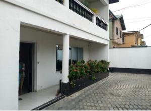 3 bedroom Penthouse Flat / Apartment for rent Oyadire Alagomeji Yaba Lagos