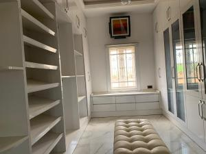 3 bedroom Boys Quarters Flat / Apartment for rent Jabi Jabi Abuja
