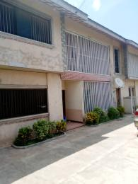 3 bedroom Blocks of Flats House for rent Close To Challenge Ringroad, New Garage. Challenge Ibadan Oyo