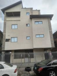 Show Room for rent Western Avenue Surulere Western Avenue Surulere Lagos