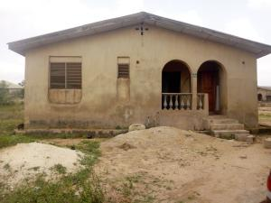 7 bedroom Detached Bungalow House for sale Elesho street, Boluwaji area off Lagos-Ibadan Expressway Ibadan Oyo