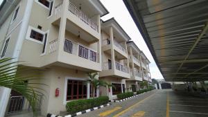 5 bedroom House for rent Mabushi Tarred Access Road Mabushi Abuja