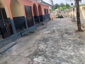 3 bedroom Blocks of Flats House for rent Inaolaji after sharp corner  Oluyole Estate Ibadan Oyo