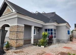 3 bedroom Detached Bungalow House for sale Olodo Bank Ibadan Iwo Rd Ibadan Oyo