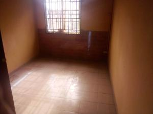 3 bedroom Blocks of Flats House for rent James island , chief Natufe str; off Babs animashaun rd  Surulere Lagos