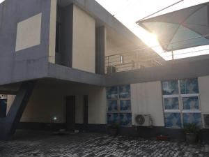 1 bedroom Commercial Property for rent Adeola Odeku Victoria Island Lagos