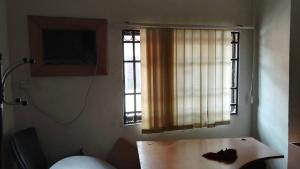 1 bedroom mini flat  Plaza/Mall Commercial Property for rent - Lekki Phase 1 Lekki Lagos