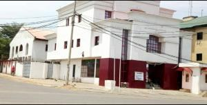 5 bedroom Commercial Property for rent  Along Akintola Boulevard road Gaki 2, Abuja FCT.   Garki 2 Abuja