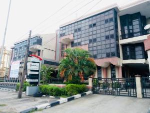 1 bedroom mini flat  Office Space Commercial Property for rent Ligali Ayorinde Victoria Island Lagos