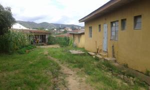 8 bedroom Boys Quarters Flat / Apartment for sale No 16/17 Dogon Dutse GRA Jos South Plateau