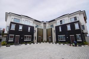 5 bedroom Terraced Duplex House for sale Jasper Ike Street, Off Market Road, Oniru  ONIRU Victoria Island Lagos