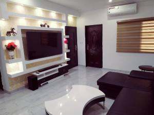 3 bedroom Flat / Apartment for shortlet Oral Estate Lekki Lagos