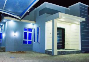 3 bedroom Detached Bungalow House for sale Rayfield. Jos South Plateau