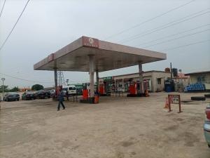 Commercial Property for sale Irawo Bus Stop, Along Ikorodu Road. Ikorodu Lagos