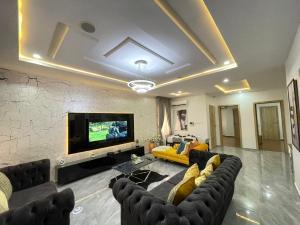 2 bedroom Flat / Apartment for shortlet Nike Art Gallery Road Lekki Phase 1 Lekki Lagos
