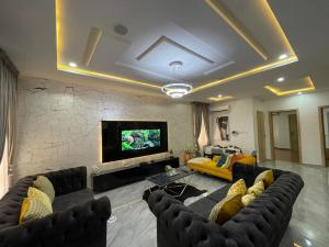 2 bedroom Flat / Apartment for shortlet By Nike Art Gallery Road, Victoria Bay Iii Lekki Lagos