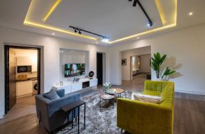 3 bedroom Flat / Apartment for shortlet Admiralty Road Lekki Phase 1 Lekki Lagos