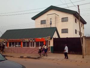 10 bedroom Office Space Commercial Property for sale Orisunbare junction orisunbare shasha egbeda Lagos Orisunbare Alimosho Lagos