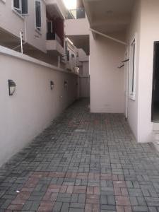 4 bedroom Semi Detached Duplex House for sale - Lekki Phase 2 Lekki Lagos