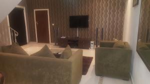 2 bedroom Commercial Property for shortlet Road Awolowo Road Ikoyi Lagos