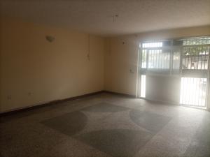3 bedroom Blocks of Flats for rent Eloseh Street Off Adekunle Kuye Kilo-Marsha Surulere Lagos