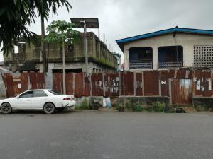 Shared Apartment Flat / Apartment for sale Oyewole street off Awoyokun bustop ikorodu road ilupeju. Ikorodu road(Ilupeju) Ilupeju Lagos