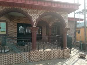 6 bedroom Detached Duplex House for sale Mokanjuola, gbekuba off bcj Apata Ibadan Apata Ibadan Oyo