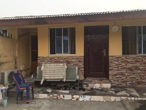 3 bedroom Detached Bungalow for sale Alarile Western Avenue Surulere Lagos