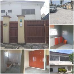 3 bedroom Penthouse Flat / Apartment for rent Odusanmi street  Ikeja GRA Ikeja Lagos