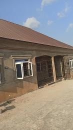 1 bedroom mini flat  Mini flat Flat / Apartment for rent Owode estate abeookuta road Ibadan. Apata Ibadan Oyo
