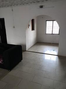 4 bedroom Mini flat Flat / Apartment for rent No 9, crystal estate ilupeju off by pass Bye pass Ilupeju Ilupeju Lagos