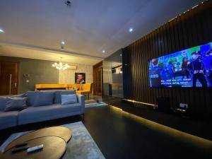 3 bedroom Blocks of Flats House for shortlet T.y Danjuma Street Dideolu Estate ONIRU Victoria Island Lagos